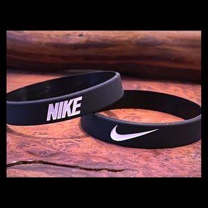 Nike Baller Bracelet Black w/White